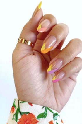 best colorful manicure